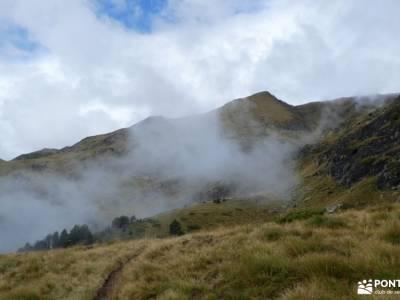 Andorra-País de los Pirineos; senderismo montaña burgos rutas a pie por la sierra de madrid parque n